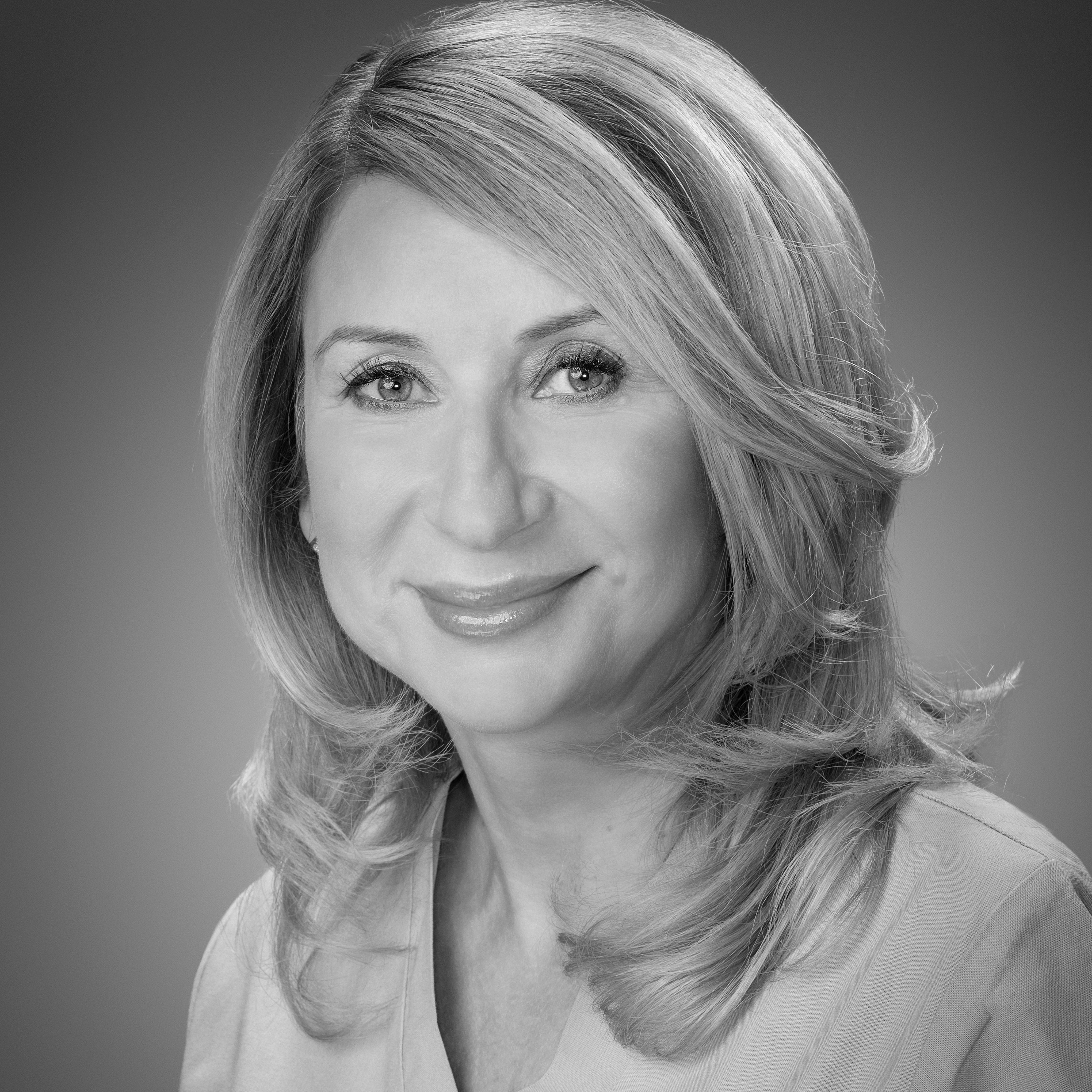 Dr Dorota Szostek